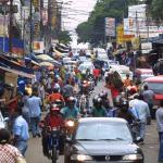 Baixa do dólar já é sentida no comércio paraguaio