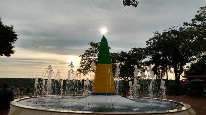 ponto-turistico-em-foz-do-iguacu-e-reinaugurado