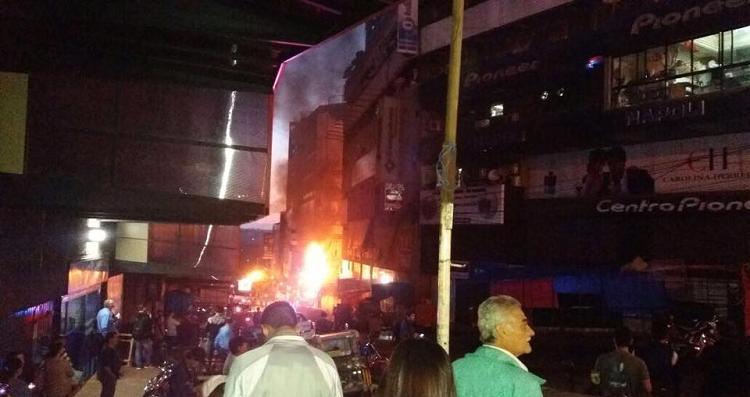 incendios-atingem-shoppings-em-ciudad-del-este