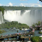 Hotéis na fronteira com o Paraguai tem 77% de ocupação