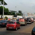 Gasolina mais barata atrai brasileiros ao Paraguai