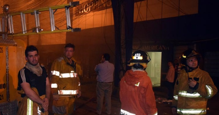 incendio-destroi-nova-loja-no-paraguai