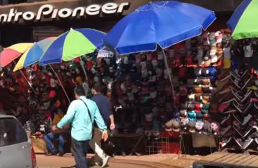 Com frio intenso na Fronteira, comércio de rua do Paraguai vira opção